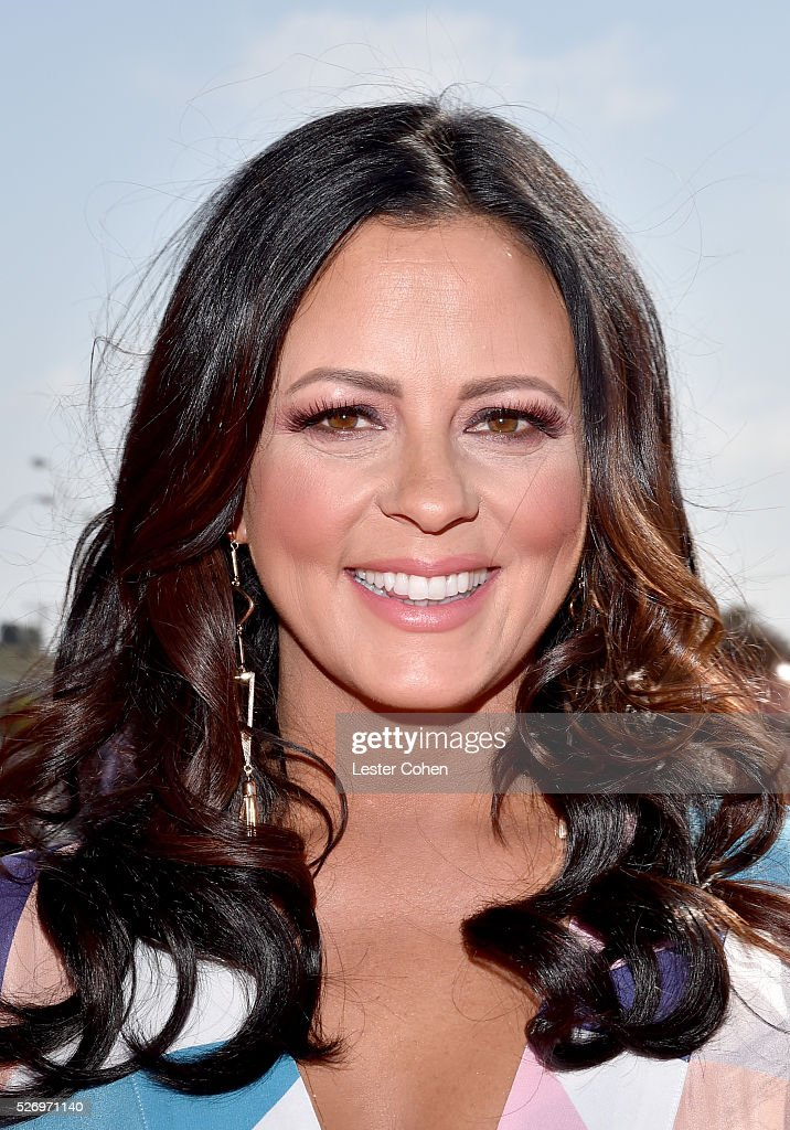 Singer Sara Evans attends the 2016 American Country Countdown Awards at The Forum on May 1, 2016 in Inglewood, California.