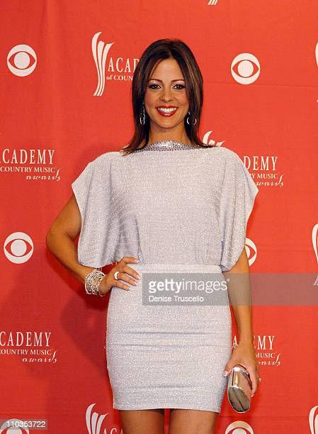 Singer Sara Evans poses in the press room during the 43rd annual Academy Of Country Music Awards held at the MGM Grand Garden Arena on May 18 2008 in...