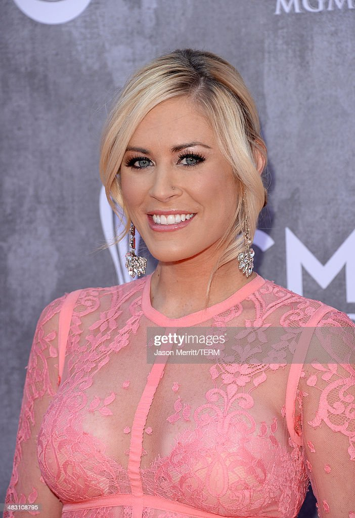 Singer Sarah Davidson attends the 49th Annual Academy Of Country Music Awards at the MGM Grand Garden Arena on April 6, 2014 in Las Vegas, Nevada.