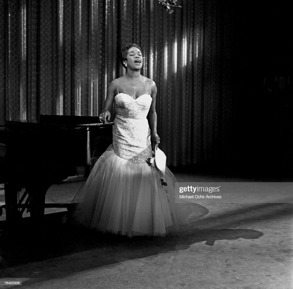Singer Sarah Vaughan performs a song on the Ed Sullivan Show on November 10, 1959, in New York, New York.