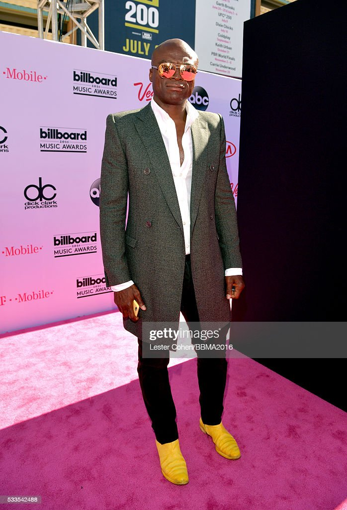 Singer <a gi-track='captionPersonalityLinkClicked' href=/galleries/search?phrase=Seal+-+Singer&family=editorial&specificpeople=202832 ng-click='$event.stopPropagation()'>Seal</a> attends the 2016 Billboard Music Awards at T-Mobile Arena on May 22, 2016 in Las Vegas, Nevada.