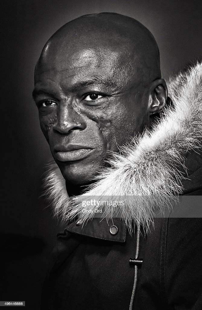 Singer <a gi-track='captionPersonalityLinkClicked' href=/galleries/search?phrase=Seal+-+Singer&family=editorial&specificpeople=202832 ng-click='$event.stopPropagation()'>Seal</a> visits the SiriusXM Studios on November 9, 2015 in New York City.
