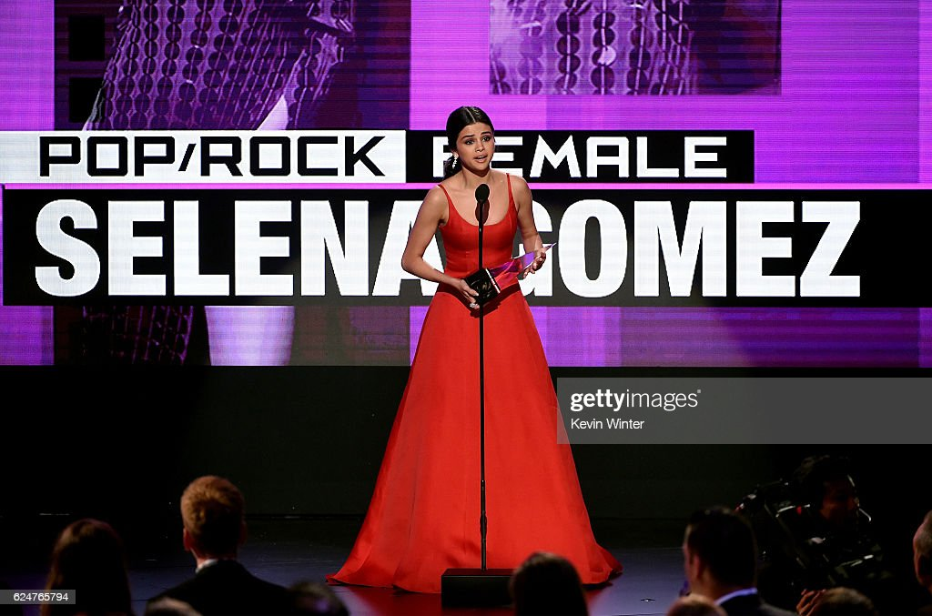 Singer Selena Gomez accepts Favorite Pop/Rock Female Artist onstage during the 2016 American Music Awards at Microsoft Theater on November 20, 2016 in Los Angeles, California.