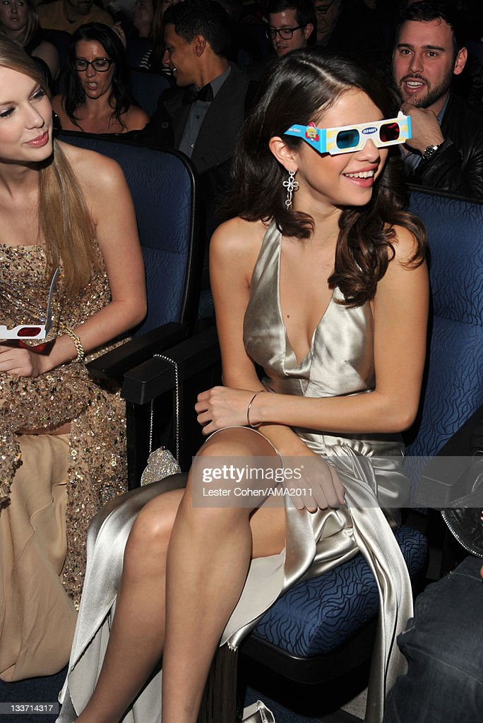 Singer <a gi-track='captionPersonalityLinkClicked' href=/galleries/search?phrase=Selena+Gomez&family=editorial&specificpeople=4295969 ng-click='$event.stopPropagation()'>Selena Gomez</a> at the 2011 American Music Awards held at Nokia Theatre L.A. LIVE on November 20, 2011 in Los Angeles, California.