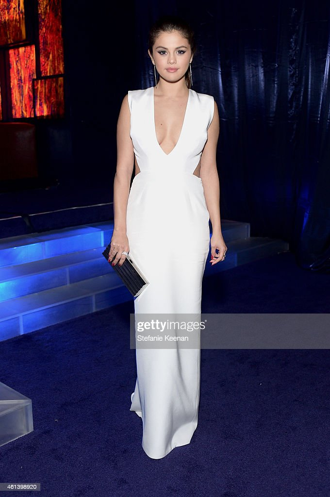 Singer <a gi-track='captionPersonalityLinkClicked' href=/galleries/search?phrase=Selena+Gomez&family=editorial&specificpeople=4295969 ng-click='$event.stopPropagation()'>Selena Gomez</a> attends the 2015 InStyle And Warner Bros. 72nd Annual Golden Globe Awards Post-Party at The Beverly Hilton Hotel on January 11, 2015 in Beverly Hills, California.