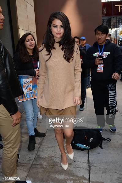 Singer Selena Gomez is seen walking Midtown on October 12 2015 in New York City