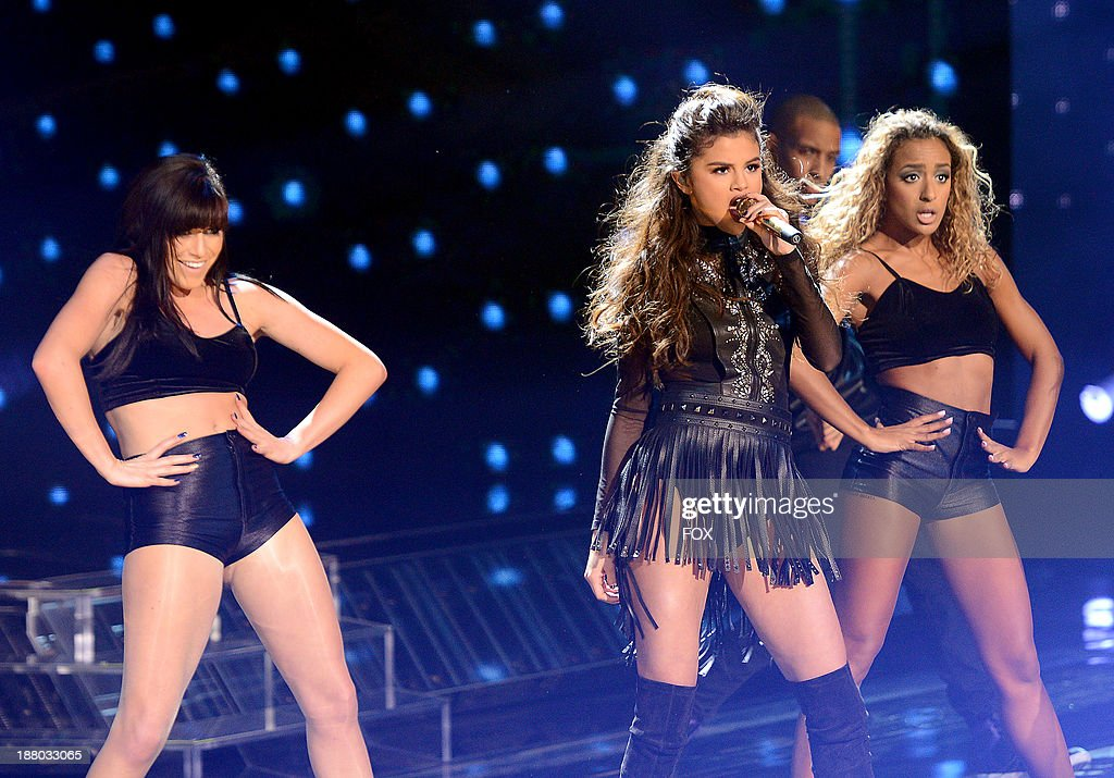 Singer Selena Gomez performs on FOX's 'The X Factor' Season 3 Top 12 To 10 Live Elimination Show on November 14, 2013 in Hollywood, California.