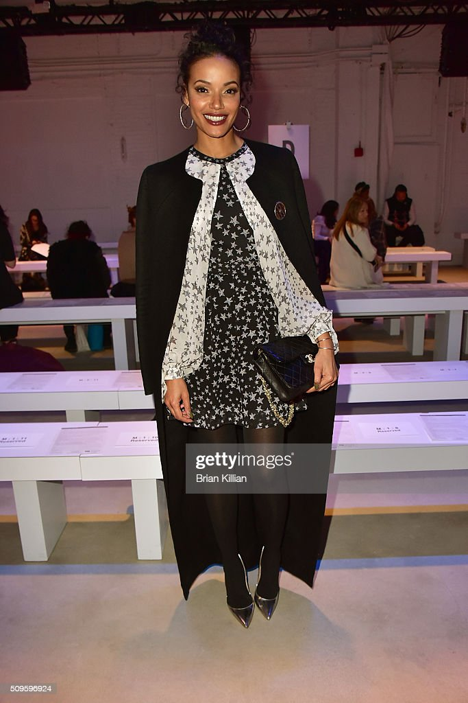 Singer <a gi-track='captionPersonalityLinkClicked' href=/galleries/search?phrase=Selita+Ebanks&family=editorial&specificpeople=619483 ng-click='$event.stopPropagation()'>Selita Ebanks</a> attends the Marissa Webb Fall 2016 show during New York Fashion Week: The Shows at The Gallery, Skylight at Clarkson Sq on February 11, 2016 in New York City.