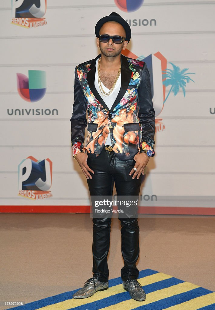 Singer Sensato attends the Premios Juventud 2013 at Bank United Center on July 18, 2013 in Miami, Florida.