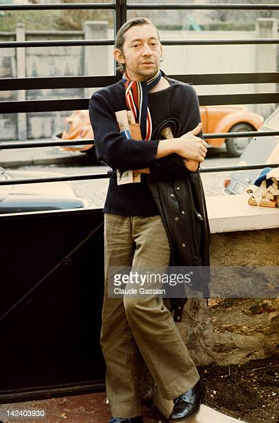 Singer Serge Gainsbourg is photographed for Self Assignment on October 24 1973 in Paris France