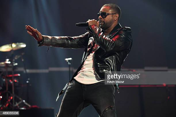 Singer Shaggy performs onstage at the 2015 iHeartRadio Music Festival at MGM Grand Garden Arena on September 18 2015 in Las Vegas Nevada