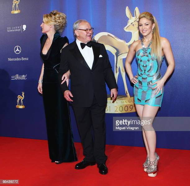 BER 26 Singer Shakira and Hubert Burda with wife actress Maria Furtwaengler arrive to the Bambi Awards 2009 at the Metropolis Hall at the Filmpark...