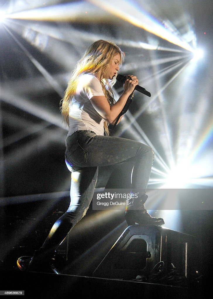 Singer <a gi-track='captionPersonalityLinkClicked' href=/galleries/search?phrase=Shakira&family=editorial&specificpeople=160650 ng-click='$event.stopPropagation()'>Shakira</a> performs at 102.7 KIIS FM's 2014 Wango Tango at StubHub Center on May 10, 2014 in Los Angeles, California.