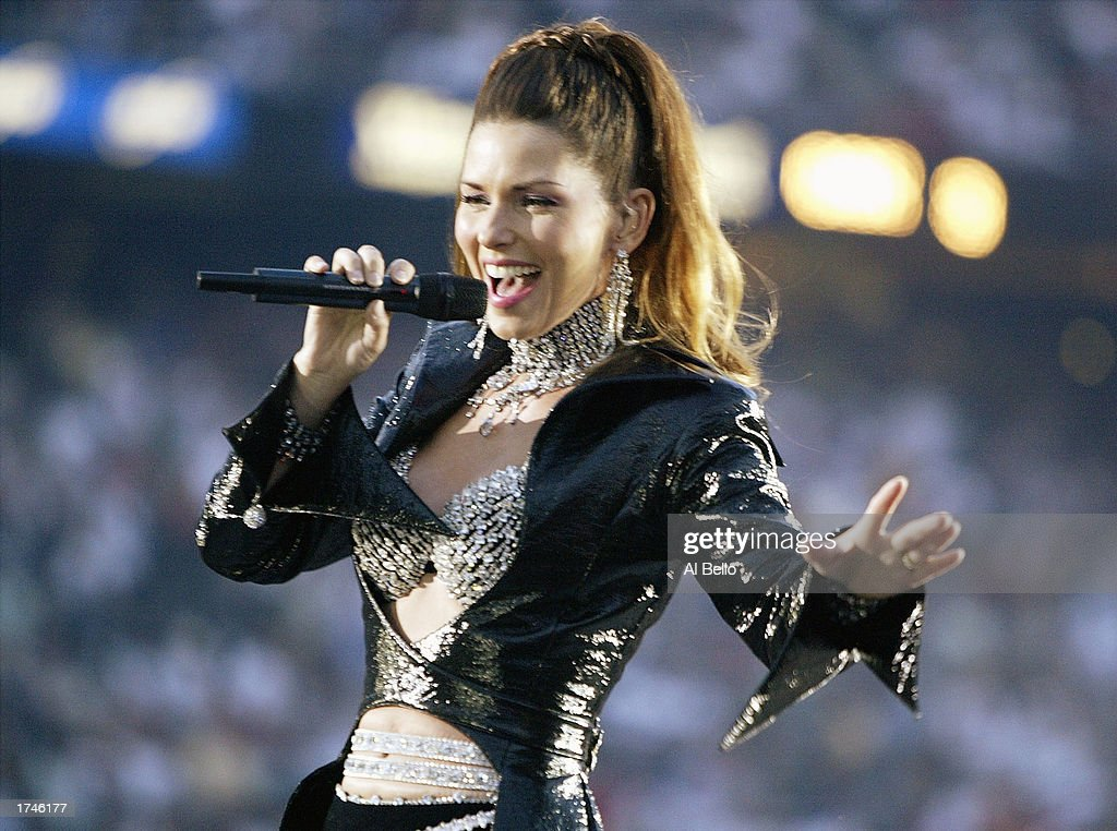 Singer Shania Twain performs during the halftime show of Super Bowl XXXVII between the Oakland Raiders and the Tampa Bay Buccaneers on January 26, 2003 at Qualcomm Stadium in San Diego, California.