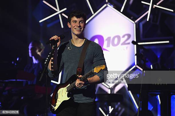 Singer Shawn Mendes performs on stage during Q102's Jingle Ball 2016 on December 7 2016 in Philadelphia Pennsylvania