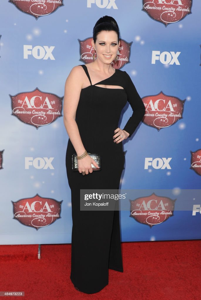 Singer Shawna Thompson of Thompson Square arrives at the American Country Awards 2013 at the Mandalay Bay Events Center on December 10 2013 in Las...