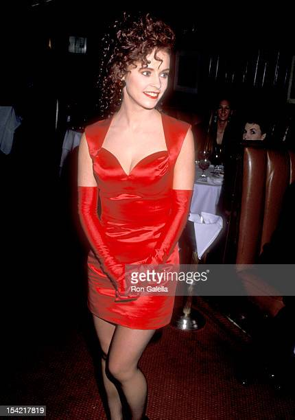 Singer Sheena Easton attends the 16th Annual American Music Awards After Party on January 30 1989 at Chasen's Restaurant in Beverly Hills California