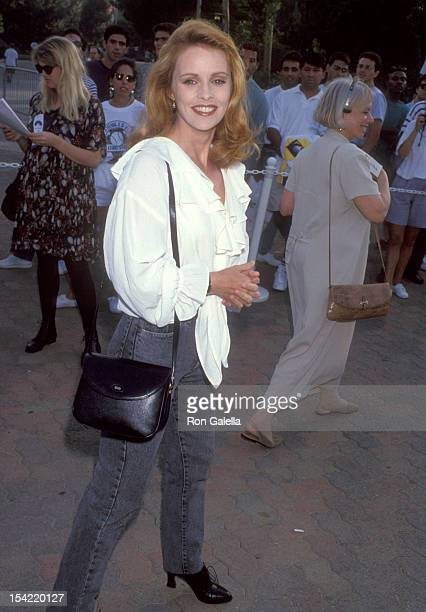 Singer Sheena Easton attends the Permanent Charities Committee's 'An Evening at the Net' Volvo Tennis/Los Angeles Tournament to Benefit the...