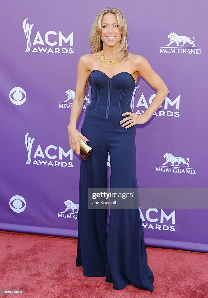 Singer Sheryl Crow arrives at the 48th Annual Academy Of Country Music Awards at MGM Grand Garden Arena on April 7, 2013 in Las Vegas, Nevada.