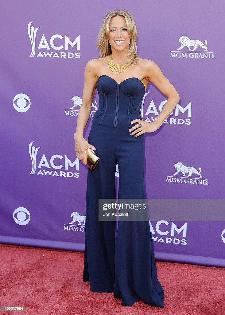 Singer Sheryl Crow arrives at the 48th Annual Academy Of Country Music ...
