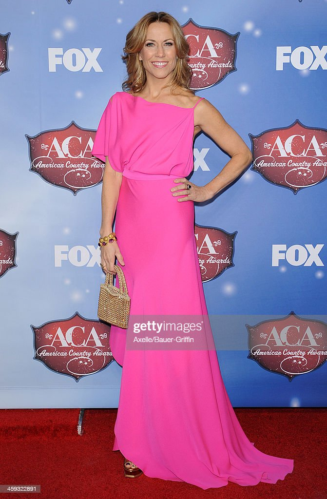 Singer Sheryl Crow arrives at the American Country Awards 2013 at the Mandalay Bay Events Center on December 10 2013 in Las Vegas Nevada