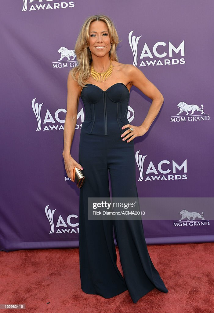 Singer Sheryl Crow attends the 48th Annual Academy of Country Music Awards at the MGM Grand Garden Arena on April 7, 2013 in Las Vegas, Nevada.
