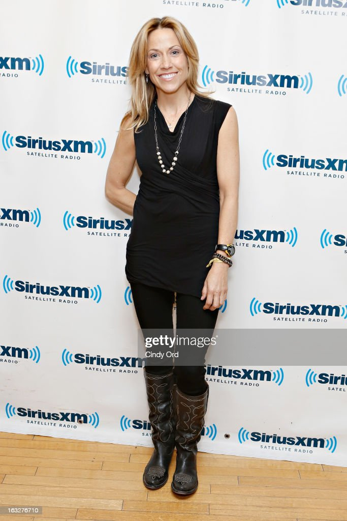Singer Sheryl Crow visits the SiriusXM Studios on March 6, 2013 in New York City.
