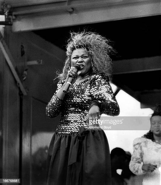 Singer Shirley Murdock performs during the Miller Sound Express concert in Chicago Illinois in JANUARY 1987
