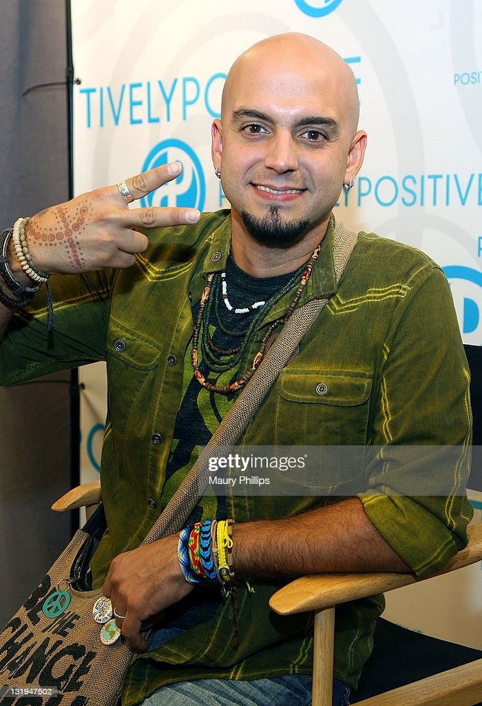 Singer Sie7e attends the 12th Annual Latin GRAMMY Awards Gift Lounge Day 1 held at the Mandalay Bay Events Center on November 8, 2011 in Las Vegas, Nevada.