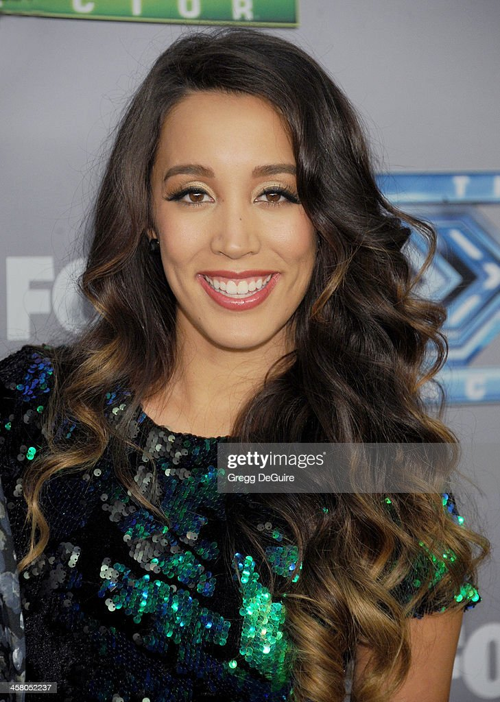 Singer <a gi-track='captionPersonalityLinkClicked' href=/galleries/search?phrase=Sierra+Deaton&family=editorial&specificpeople=11610502 ng-click='$event.stopPropagation()'>Sierra Deaton</a> attends FOX's 'The X Factor' season finale at CBS Television City on December 19, 2013 in Los Angeles, California.