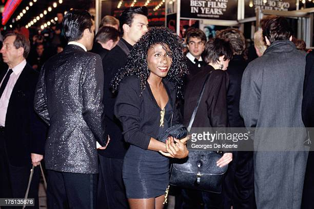 Singer Sinitta attends a premiere the Odeon Cinema in 1990 ca in London England