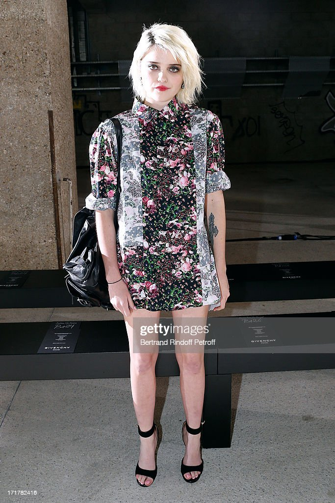 Singer <a gi-track='captionPersonalityLinkClicked' href=/galleries/search?phrase=Sky+Ferreira&family=editorial&specificpeople=6740166 ng-click='$event.stopPropagation()'>Sky Ferreira</a> attends Givenchy Menswear Spring/Summer 2014 Show as part of the Paris Fashion Week, held at City of Fashion and Design on June 28, 2013 in Paris, France.