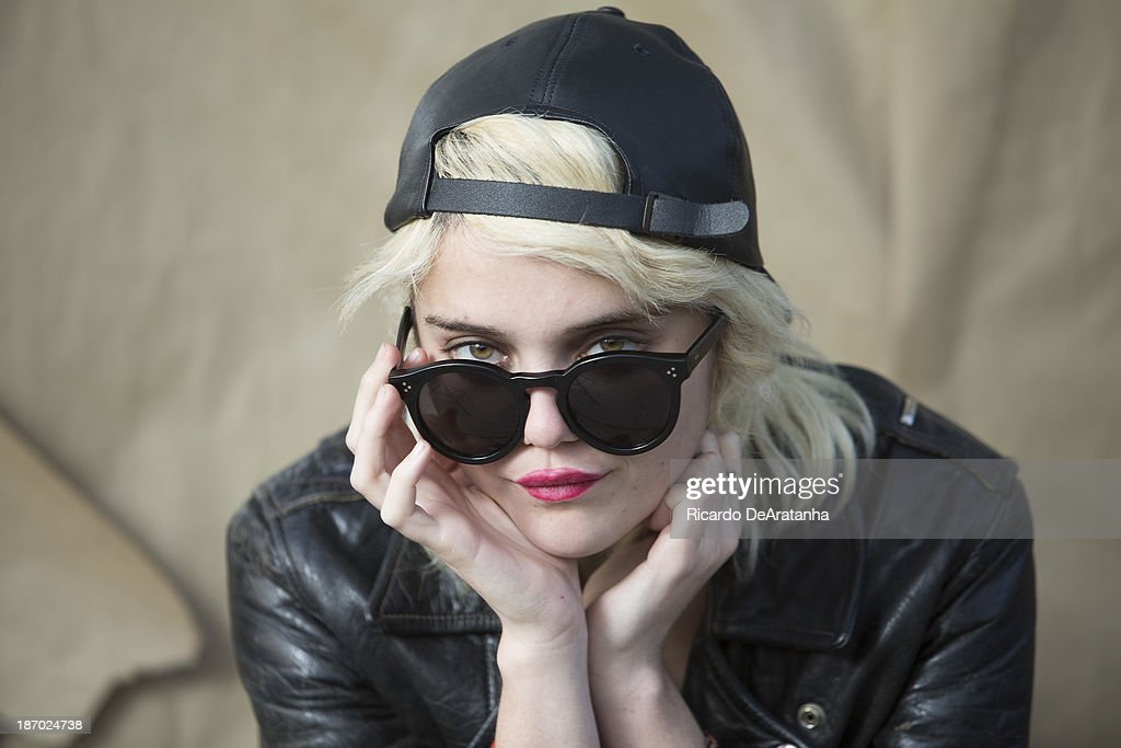 Singer <a gi-track='captionPersonalityLinkClicked' href=/galleries/search?phrase=Sky+Ferreira&family=editorial&specificpeople=6740166 ng-click='$event.stopPropagation()'>Sky Ferreira</a> is photographed for Los Angeles Times on October 25, 2013 in Los Angeles, California. PUBLISHED IMAGE.