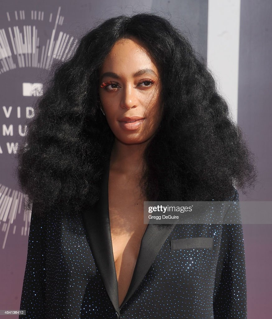 Singer Solange arrives at the 2014 MTV Video Music Awards at The Forum on August 24, 2014 in Inglewood, California.