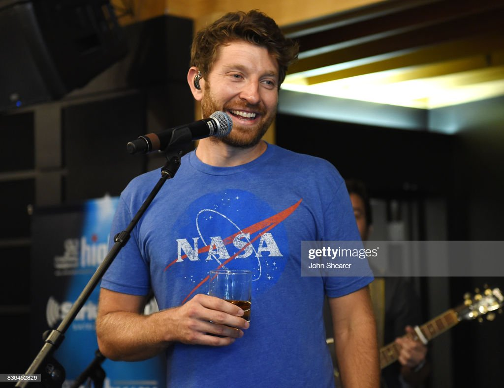 Singer/ songwriter Brett Eldredge performs for SiriusXM's The Highway live broadcast during the solar eclipse, at Warner Music Nashville on August 21, 2017 in Nashville, Tennessee.