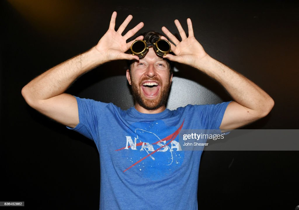 Singer/ songwriter Brett Eldredge poses after performing for SiriusXM's The Highway live broadcast during the solar eclipse, at Warner Music Nashville on August 21, 2017 in Nashville, Tennessee.
