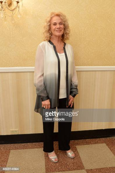 Singer songwriter Carole King poses in a press room at the 68th Annual Tony Awards on June 8 2014 in New York City