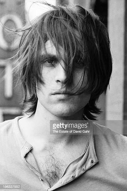 Singer songwriter Eric Anderson poses for a portrait on May 4 1971 on a balcony at the Hotel Chelsea in New York City New York
