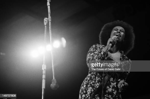 Singer songwriter Roberta Flack performs at the Newport Jazz Festival in July 1971 in Newport Rhode Island