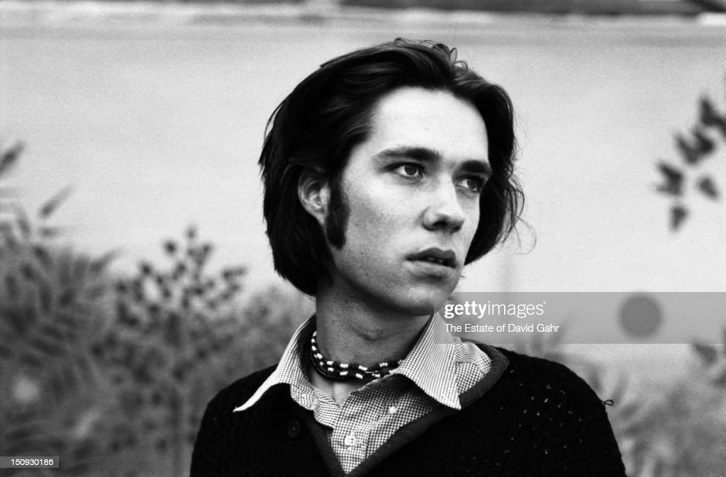 Singer songwriter Rufus Wainwright poses for a portrait on October 3, 1996 in New York City, New York.