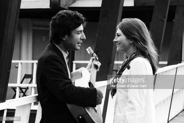 Leonard Cohen Stock Photos And Pictures Getty Images