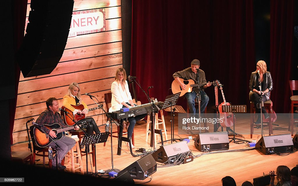 Singer songwriters Shane McAnallyAshley Monroe Nicolle Galyon guitarist Scotty Wray singer songwriter Miranda Lambert perform onstage during Roadside...