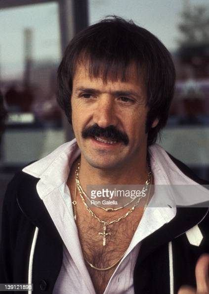 how tall is sonny bono
