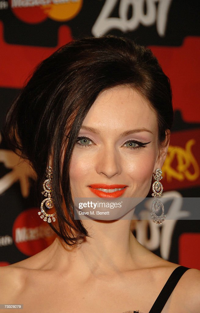 Singer Sophie Ellis-Bextor arrives at the BRIT Awards 2007 in association with MasterCard, at Earls Court 1 on February 14, 2007 in London, England.