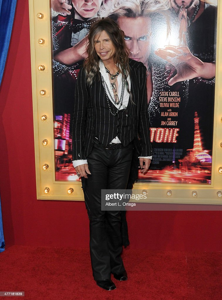 Singer <a gi-track='captionPersonalityLinkClicked' href=/galleries/search?phrase=Steven+Tyler+-+Musician&family=editorial&specificpeople=202080 ng-click='$event.stopPropagation()'>Steven Tyler</a> of Aerosmith arrives for the Premiere of Warner Bros. Pictures' 'The Incredible Burt Wonderstone' held at the TCL Chinese Theater on March 11, 2013 in Hollywood, California.