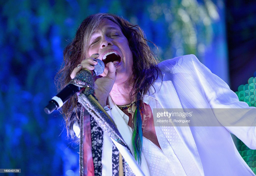 Singer <a gi-track='captionPersonalityLinkClicked' href=/galleries/search?phrase=Steven+Tyler+-+Musician&family=editorial&specificpeople=202080 ng-click='$event.stopPropagation()'>Steven Tyler</a> performs at The Voice Health Institute's 'Raise Your Voice' benefit at the Beverly Hills Hotel on January 24, 2013 in Beverly Hills, California.
