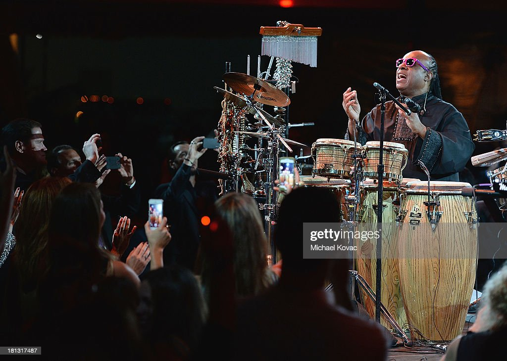 Singer <a gi-track='captionPersonalityLinkClicked' href=/galleries/search?phrase=Stevie+Wonder&family=editorial&specificpeople=171911 ng-click='$event.stopPropagation()'>Stevie Wonder</a> performs onstage at the City Of Hope Spirit Of Life Gala Honoring Rob Light on September 19, 2013 in Playa Vista, California.