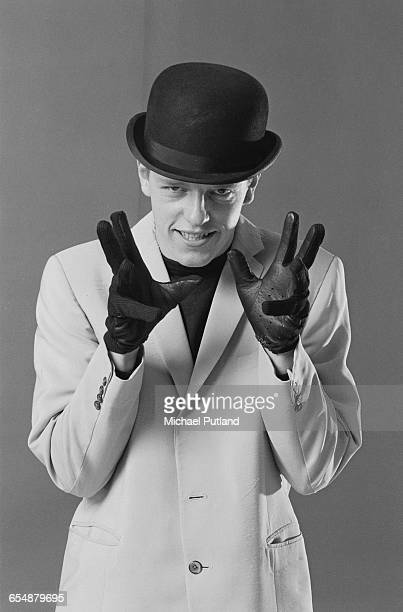 Singer Suggs of English pop/ska band Madness during the cover shoot for their album '7' London 1981