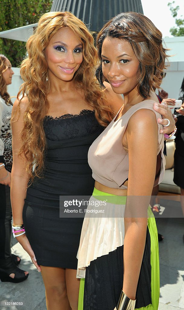 Singer Tamar Braxton and actress Vanessa Simmons attend the Give Back Hollywood Foundation's benefit for VH1 Save the Music Foundation on August 26...