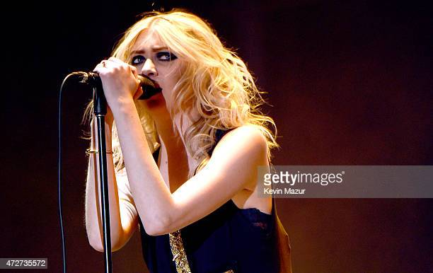 Singer Taylor Momsen of The Pretty Reckless performs onstage during Rock in Rio USA at the MGM Resorts Festival Grounds on May 8 2015 in Las Vegas...
